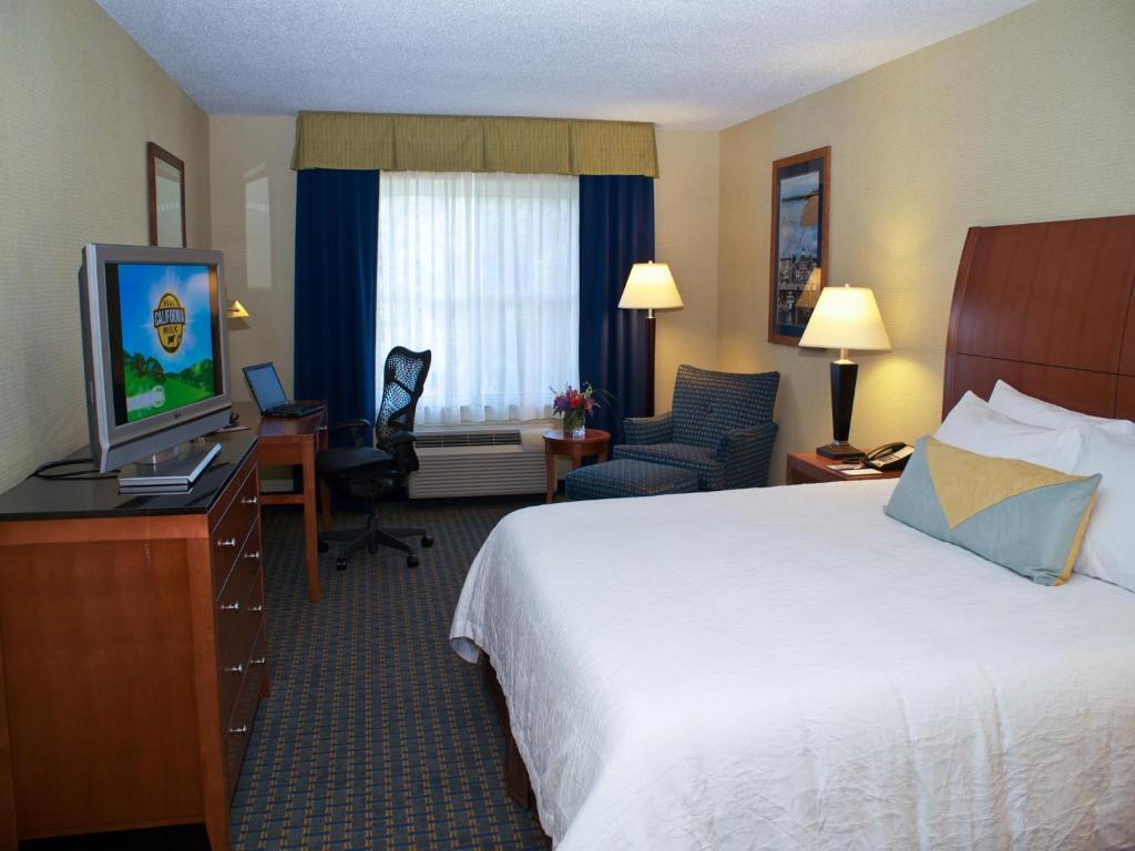 Hilton Garden Inn Milford Milford Book Your Hotel With Viamichelin