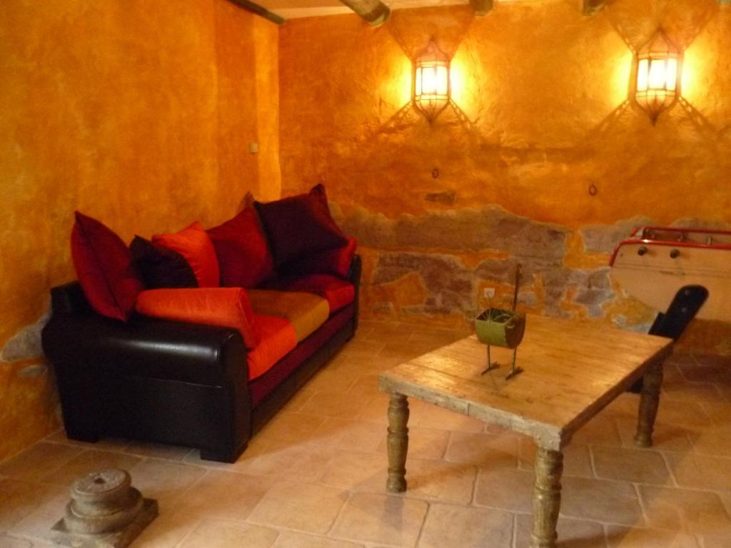 Chambres d\'hôtes Mas du Puits d\'Amour - Chambres d\'hôtes à Orange ...