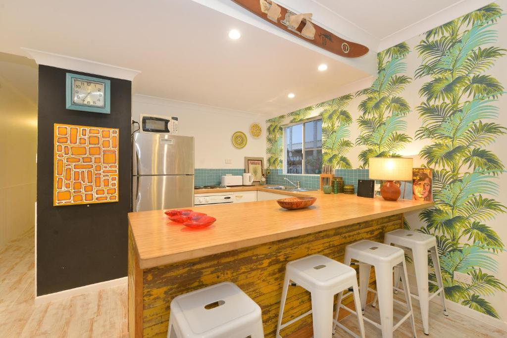 Marvelous Boho Beach Apartment Apartment Port Douglas Machost Co Dining Chair Design Ideas Machostcouk