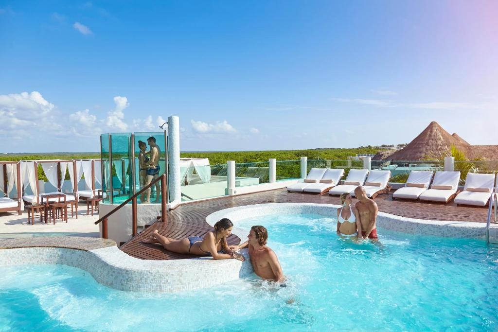 Which Will You Choose For Your Next Cancun Vacation?