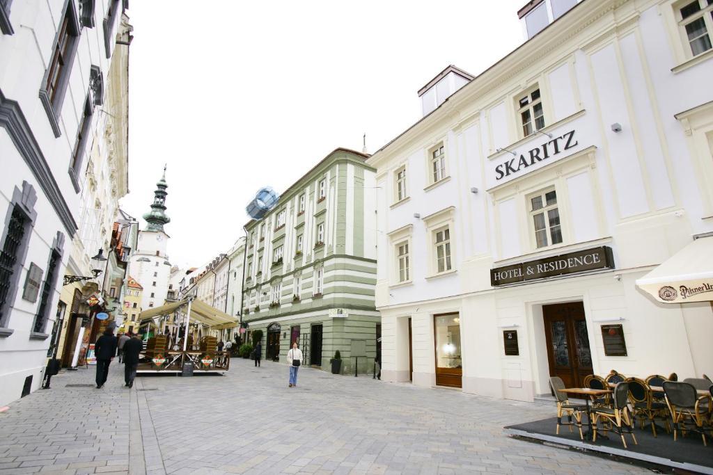 skaritz hotel residence bratislava book your hotel with viamichelin. Black Bedroom Furniture Sets. Home Design Ideas