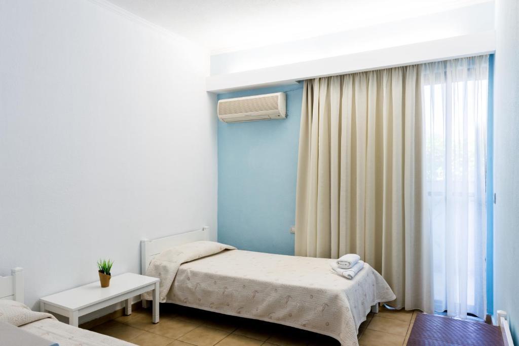 Terinikos apart hotel r servation gratuite sur viamichelin for Appart hotel booking