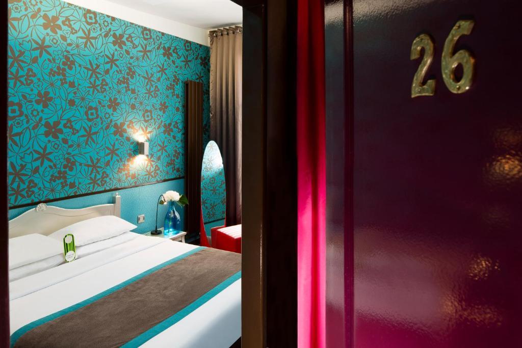 Hotel design sorbonne paris book your hotel with for Hotel design sorbonne paris 75005