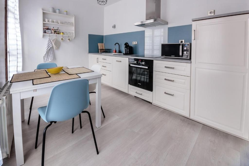 Appartement Le Rpublique Appartement ChlonsEnChampagne