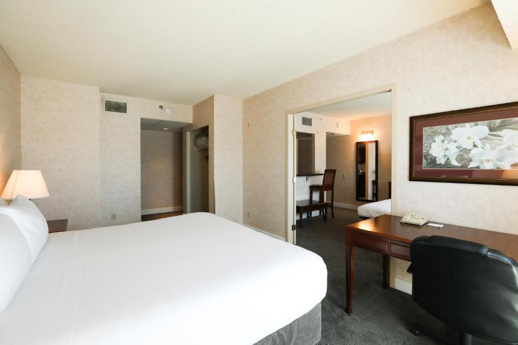 Vancouver Hotels With Smoking Rooms