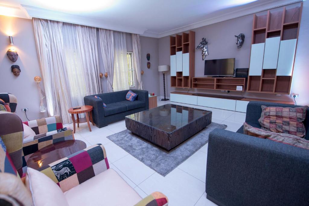 Ozidu House Bed Breakfast Abuja