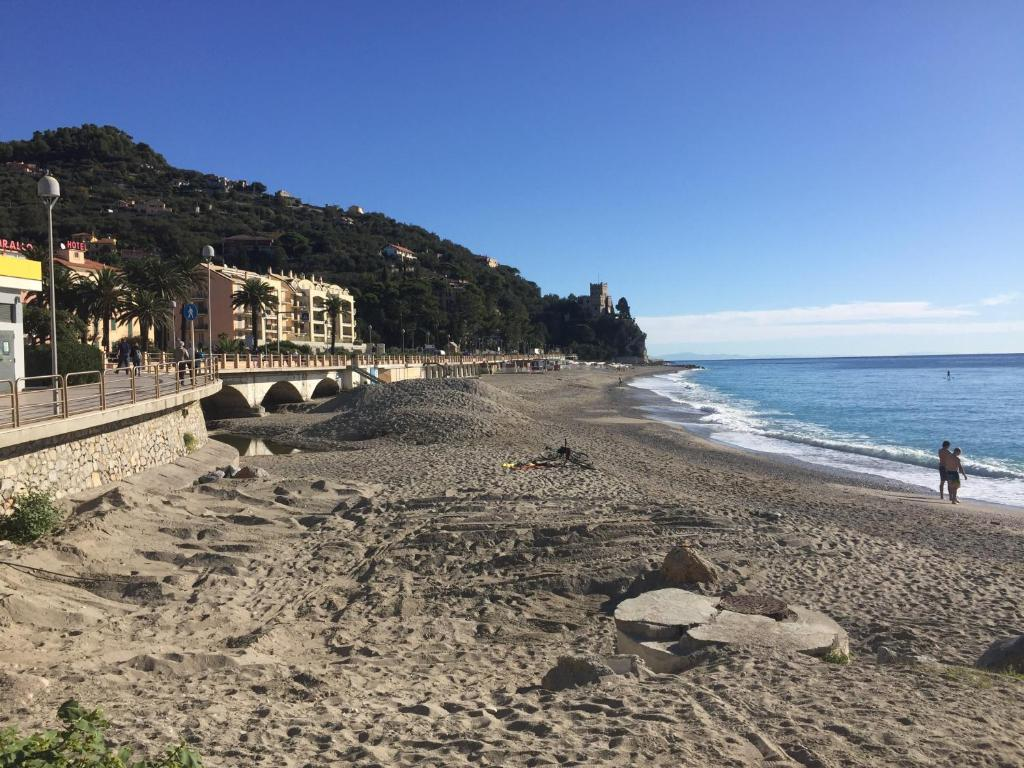 app.Nonna Tina, Apartment Finale Ligure