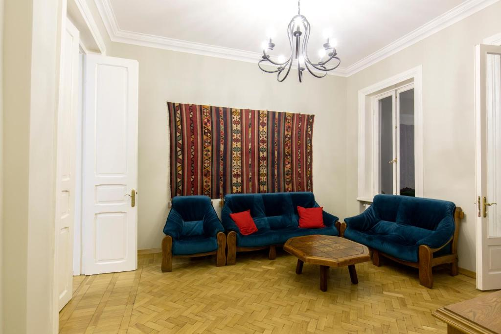Eco 100 Square Meters, Apartment Tbilisi