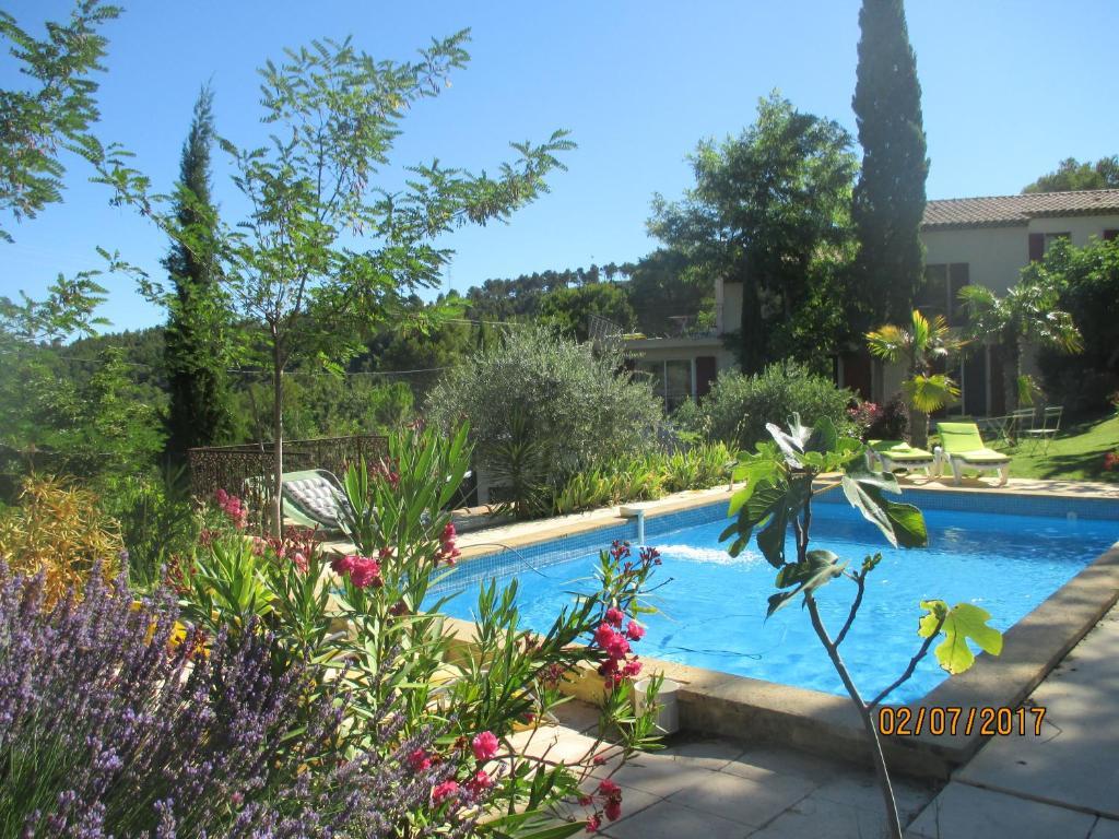 Bed U0026 Breakfast Villa Boulou   Bed U0026 Breakfast In Rognes In Les Bouches Du  Rhône (13), 14 Km From Aix En Provence
