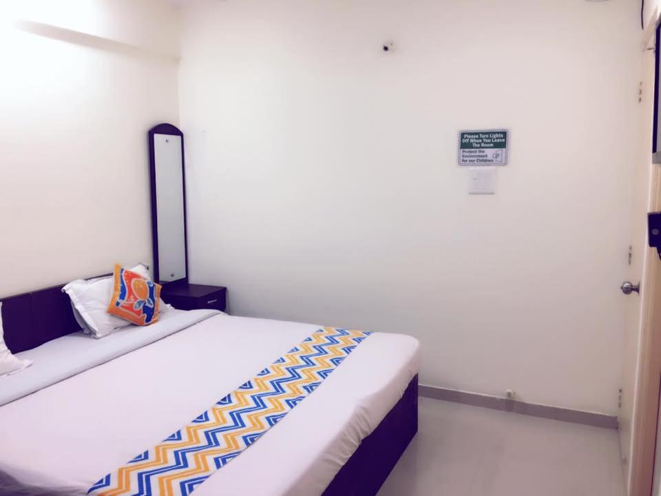 Ema appartement model colony bed breakfast pune