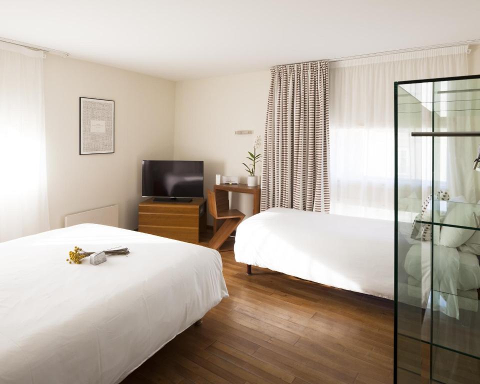 H tel la p rouse nantes online booking viamichelin for Hotel design nantes