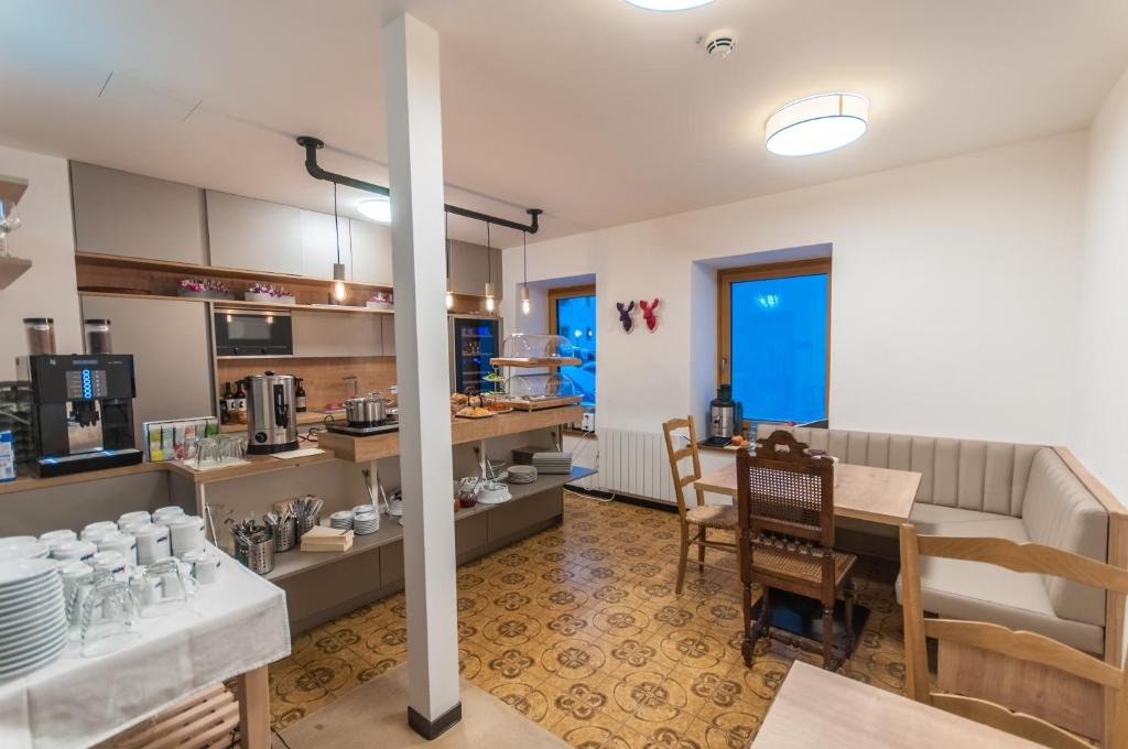 Pension Max, Bed & Breakfasts Zell am See