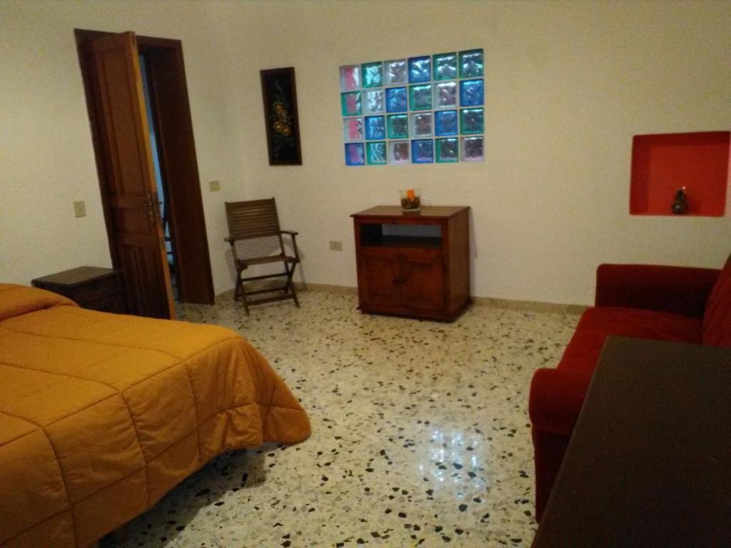 Oasi di San Giacomo, Casa vacanze Pantelleria