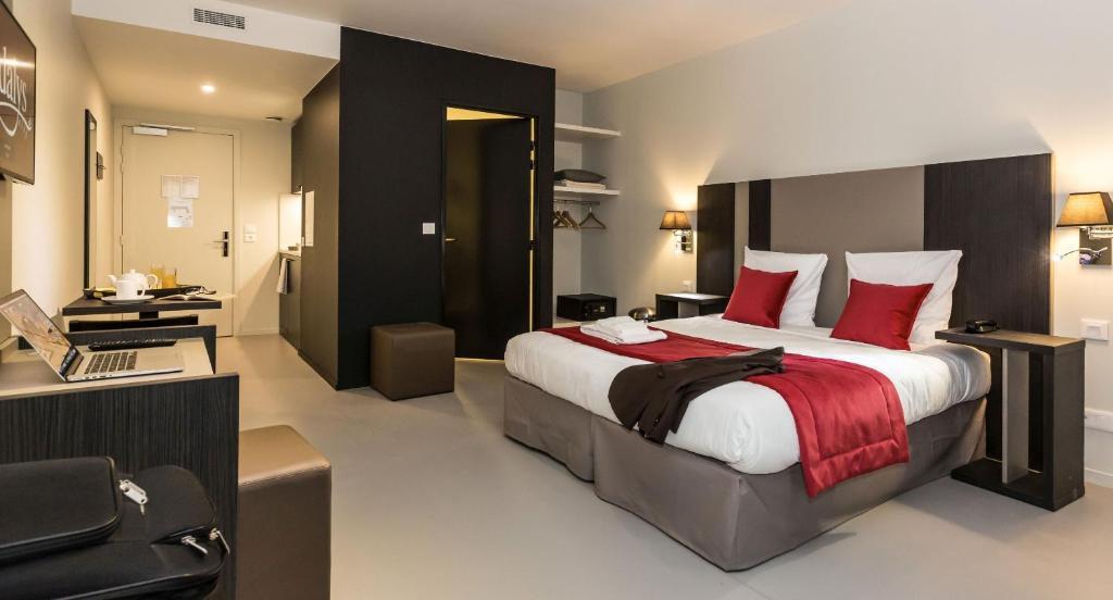 Appart 39 h tel odalys paris xvii r servation gratuite sur for Reserver un appart hotel