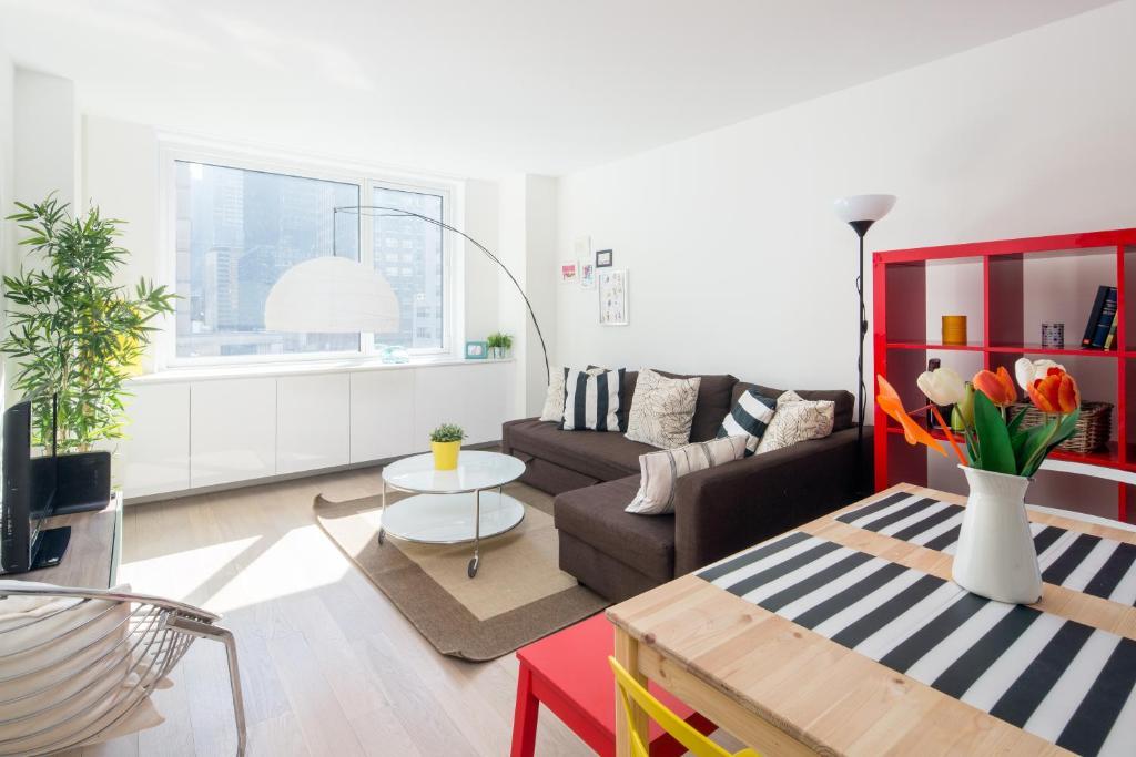 Amazing Apartment- Walking Distance to Times SQ, Wohnungen ...