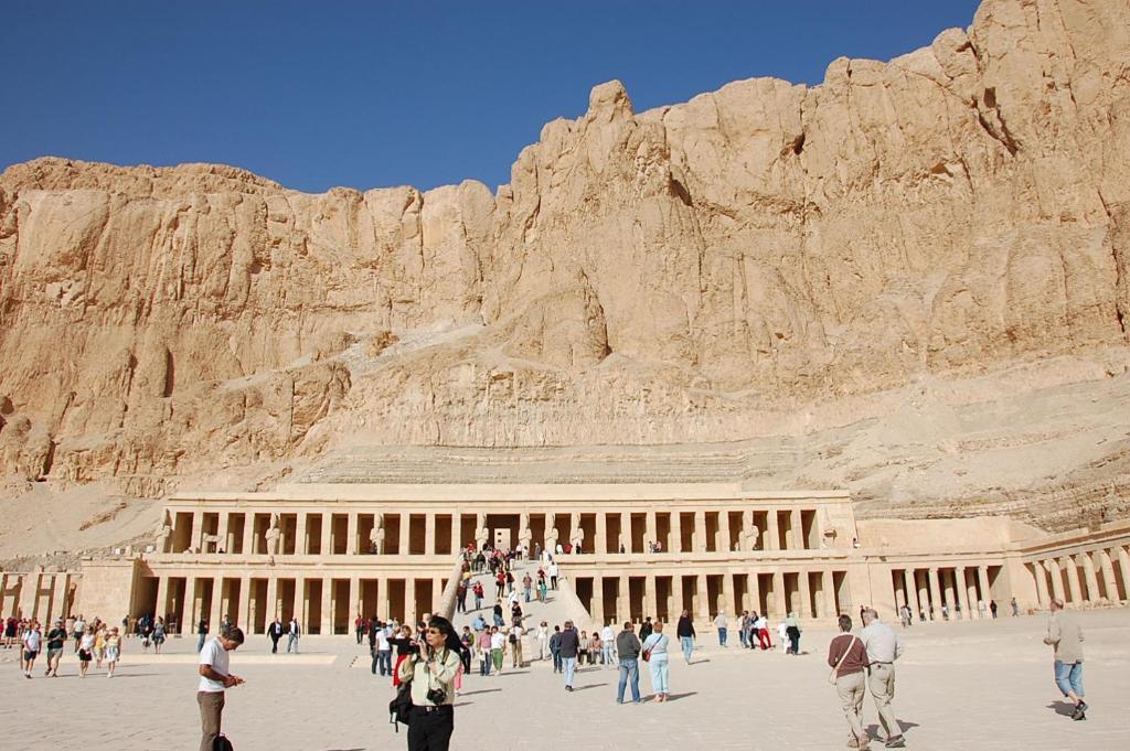 Restaurants West Bank Luxor