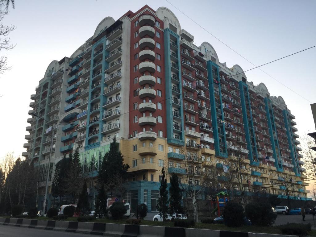 Апартаменты тбилиси дубай снять дом в аренду недорого