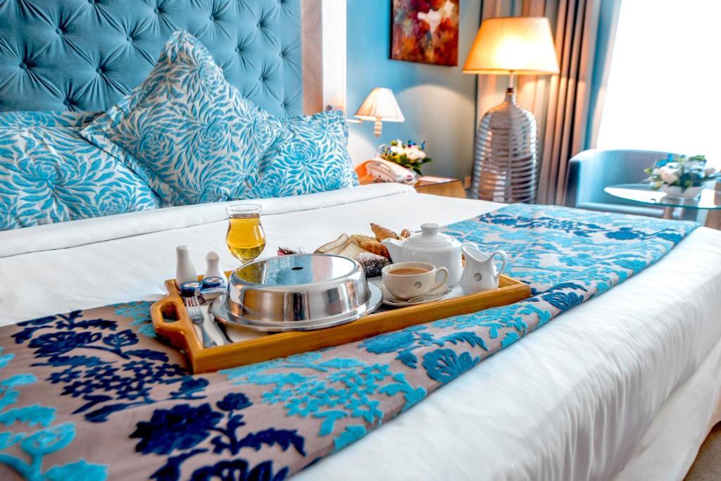 Marina byblos hotel 4 оаэ дубай джумейра внж черногории 2018