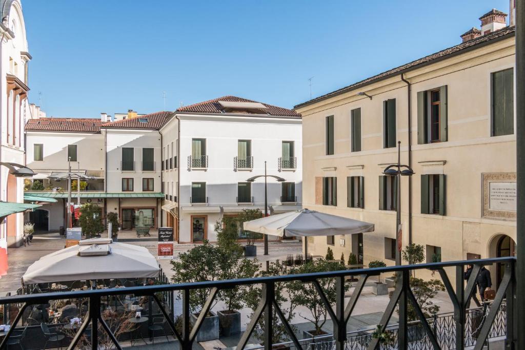 Suite latina san leonardo r servation gratuite sur for Boutique hotel treviso