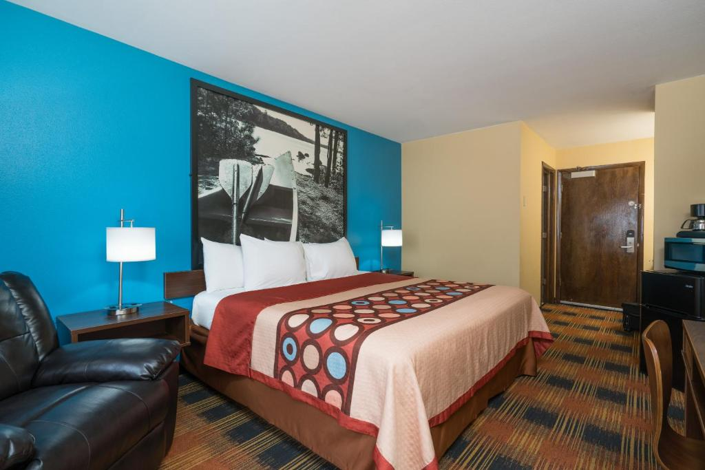 Super 8 By Wyndham Rochester Mayo Clinic Area - Rochester
