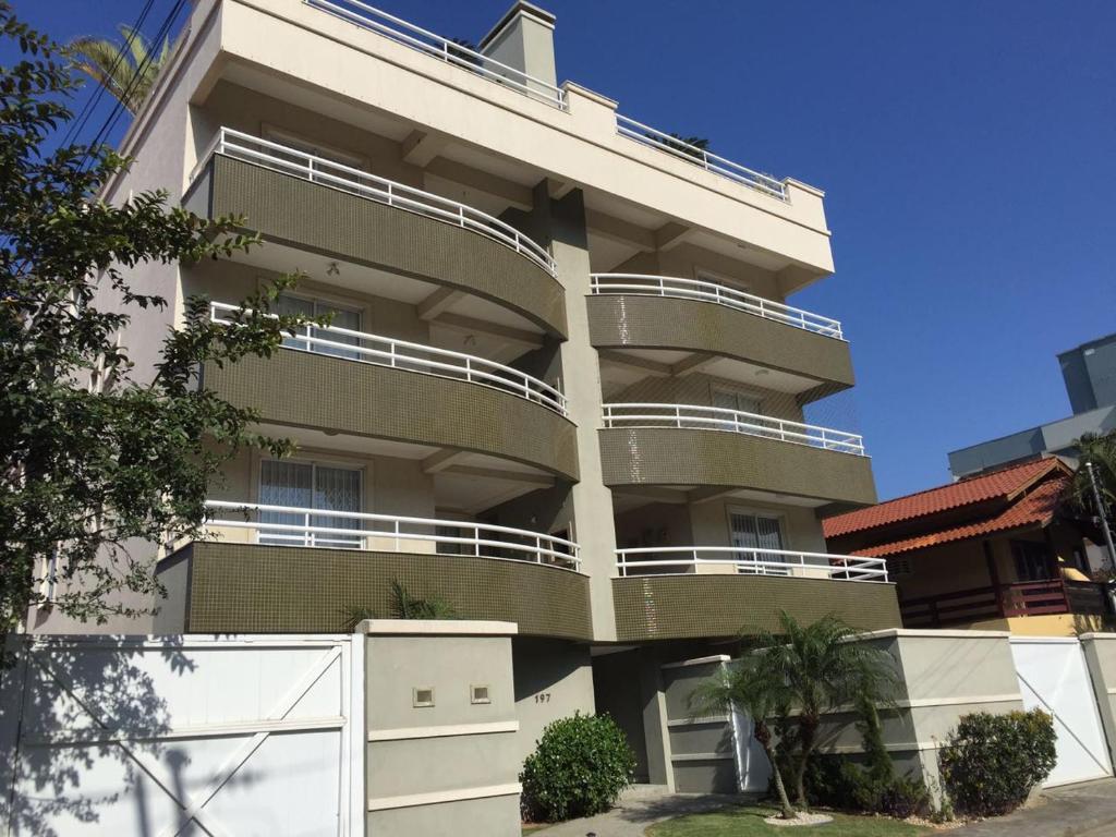 APARTAMENTO BOMBINHAS/SC, Apartment Bombas