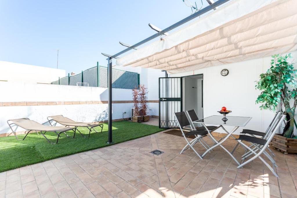 Pajaritos Terraza Apartment Sevilla