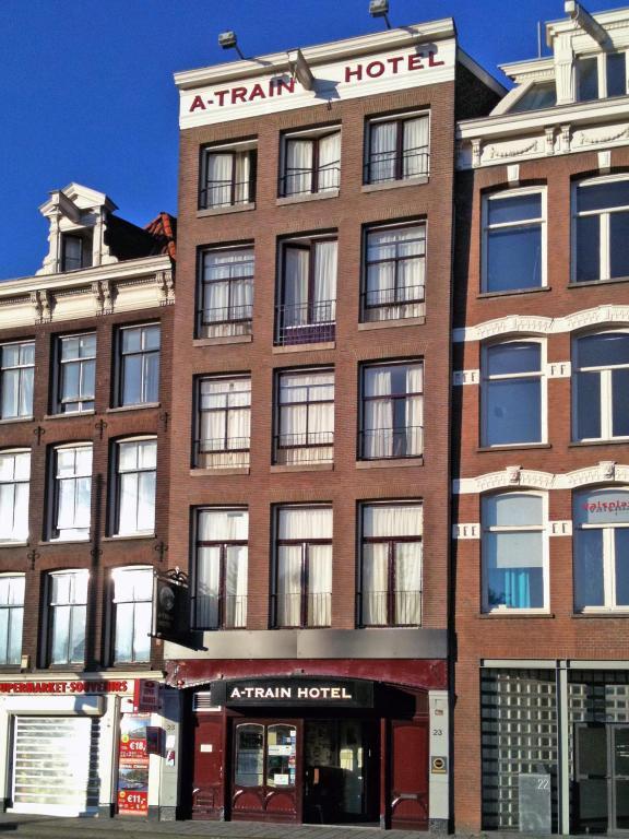 A train hotel amsterdam prenotazione on line viamichelin for Hotel amsterdam stazione