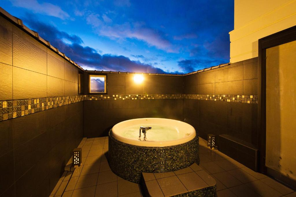 Kyoto Hotels With A Bath In The Room