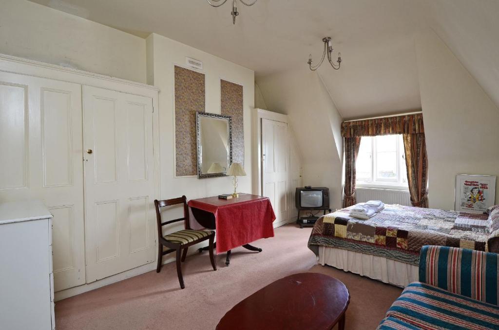 Kensingtoncourt aparthotel london informationen und for Londre appart hotel