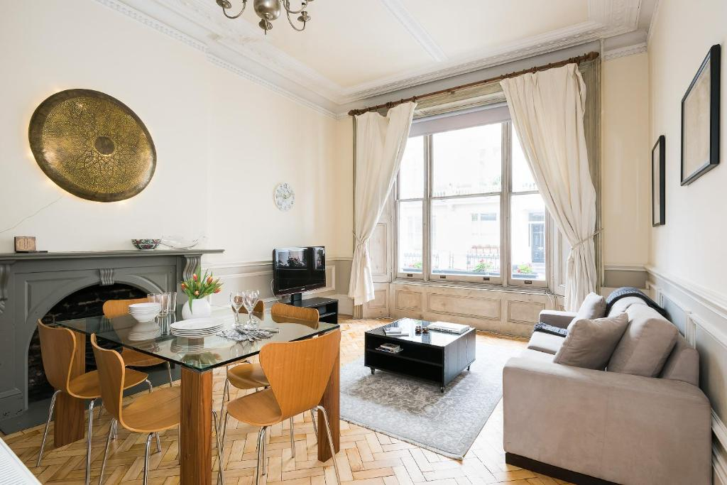 Victorian Flat in Notting Hill, Apartment London