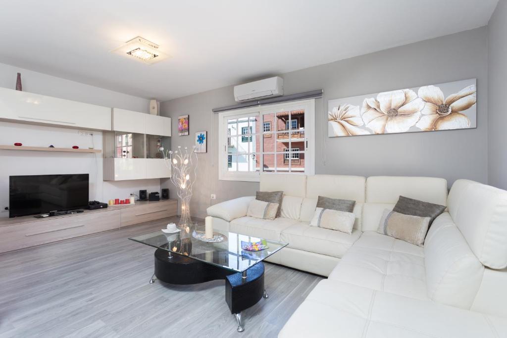 Luxury Semi-Detached Villa, Wohnung Adeje