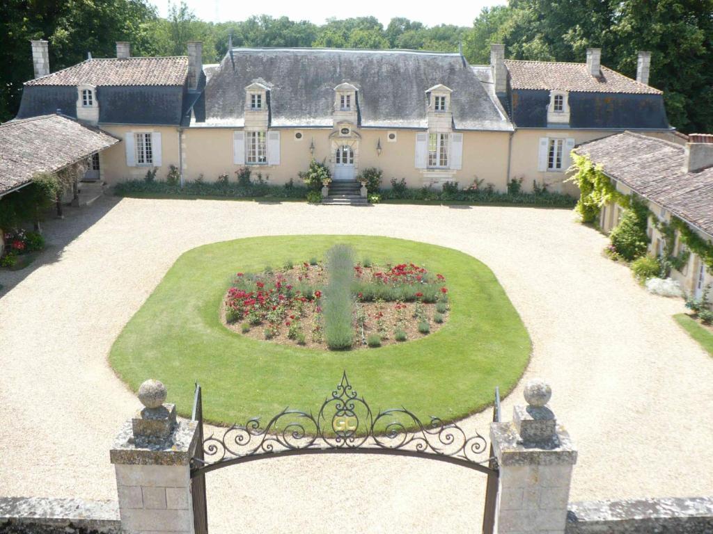 Chambres Du0027hôtes Château De Vaumoret   Chambres Du0027hôtes à Poitiers Dans La  Vienne (86), 12 Km De Futuroscope