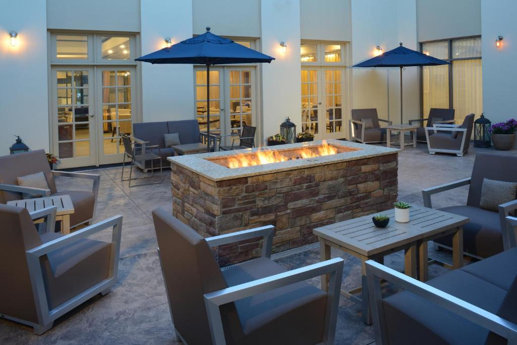 Restaurants With Private Rooms In Southfield Mi