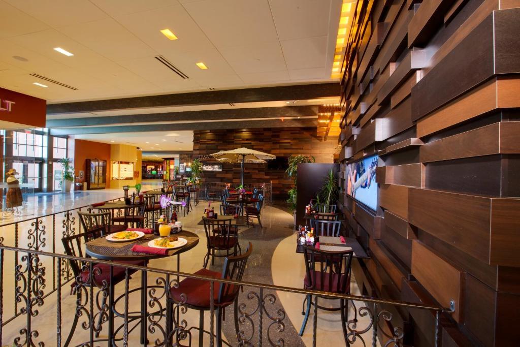 Albuquerque Family Bar Restaurants