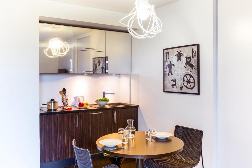 hipark by adagio serris val d europe lagny sur marne viamichelin informationen und online. Black Bedroom Furniture Sets. Home Design Ideas