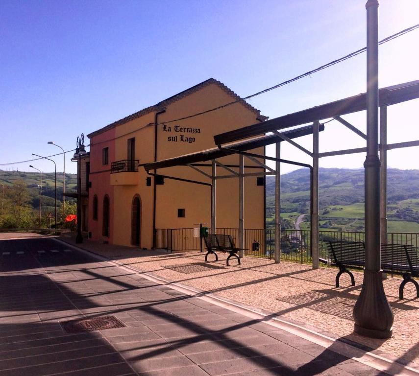 La Terrazza Sul Lago, Gästezimmer Conza della Campania