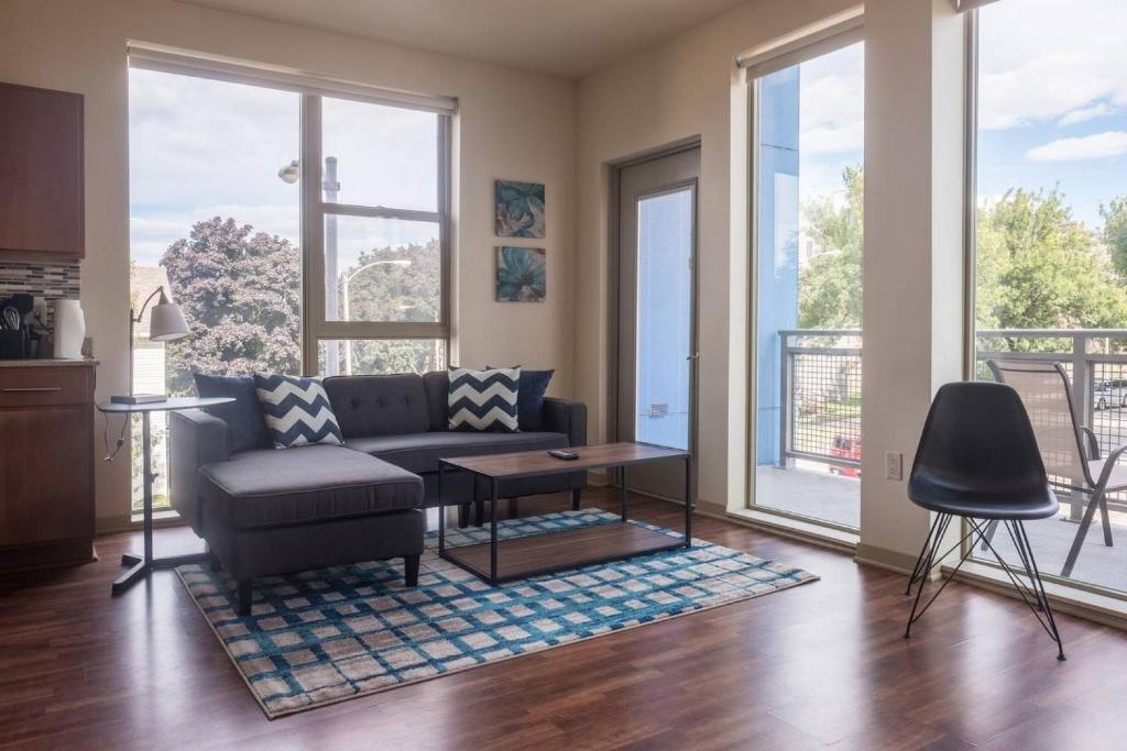 Two Bedroom Wohnung with City Views, Wohnung Milwaukee