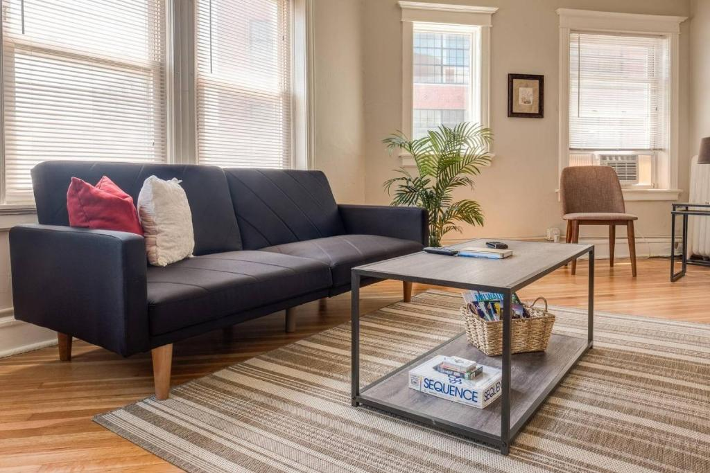 East Kenilworth Place One Bedroom Apartment, Wohnung Milwaukee