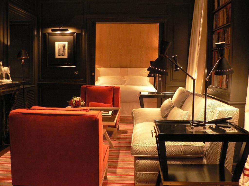 marquis faubourg st honor relais ch teaux paris online booking viamichelin. Black Bedroom Furniture Sets. Home Design Ideas
