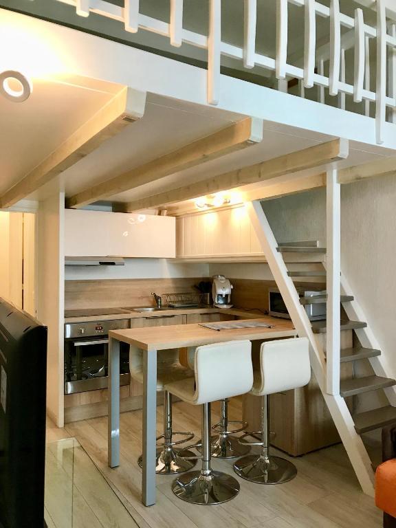 Morens studio mezzanine Vieille ville, Wohnungen Annecy