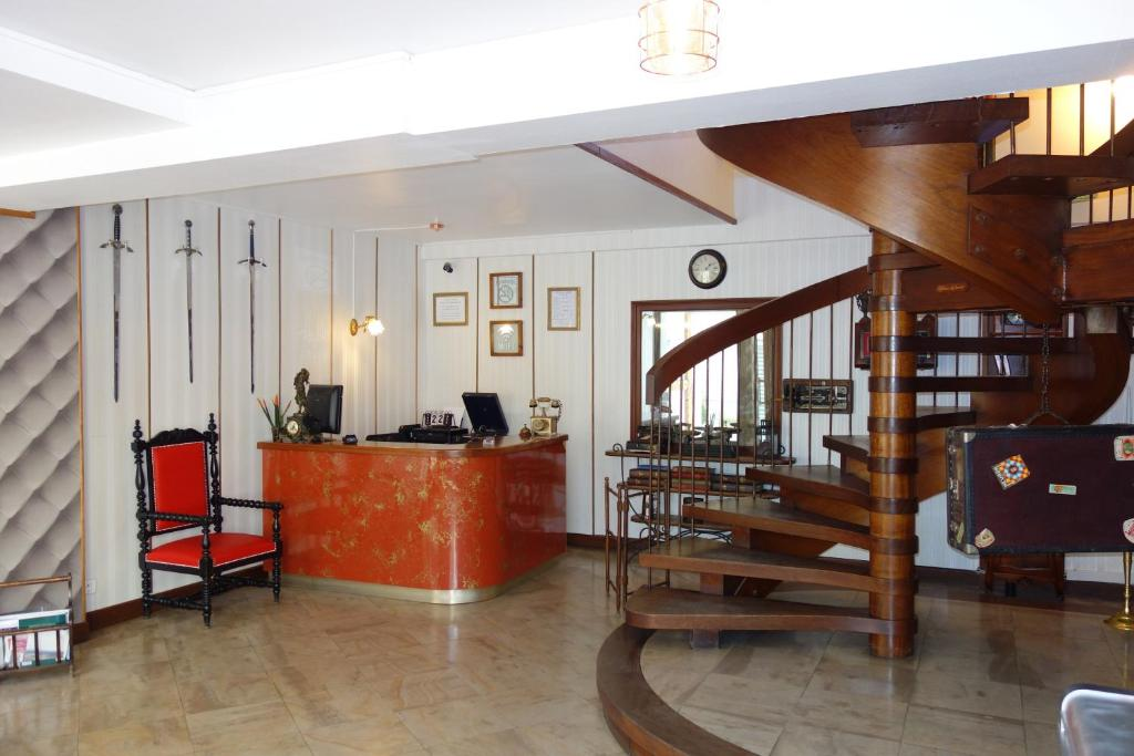 Hotel La Licorne Beaugency