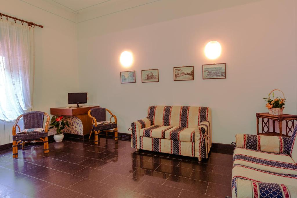 Residence Le Terrazze, Appart\'hotels Follonica