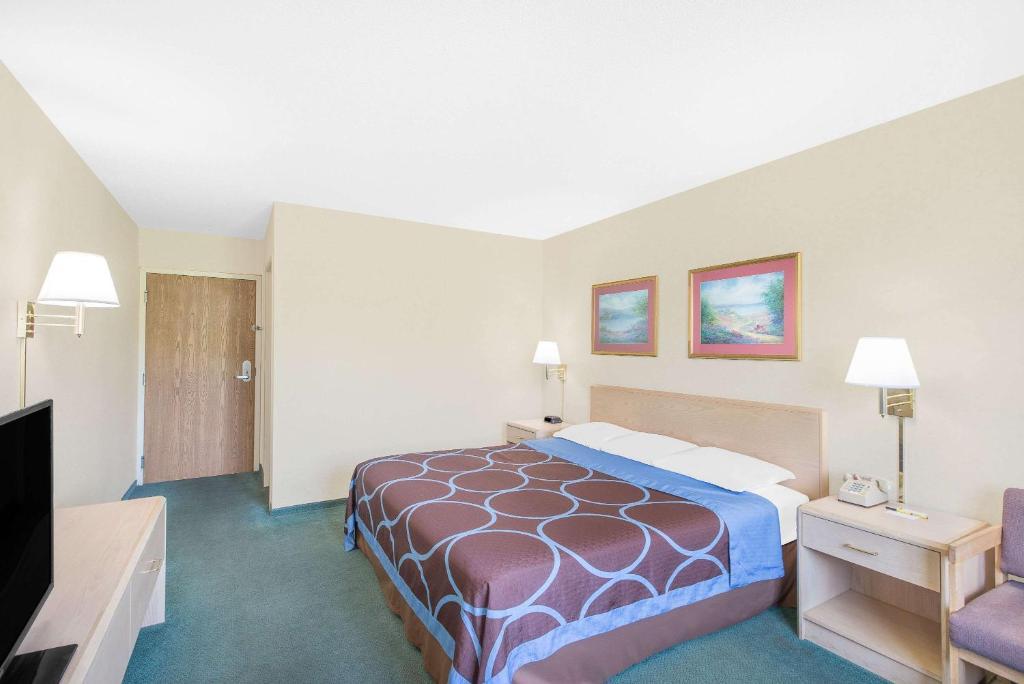 Hotel Rooms In Canandaigua Ny