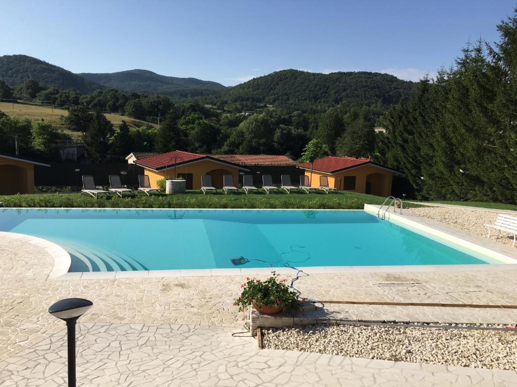 Villaggio Casina Del Duca Chalets Pescolanciano