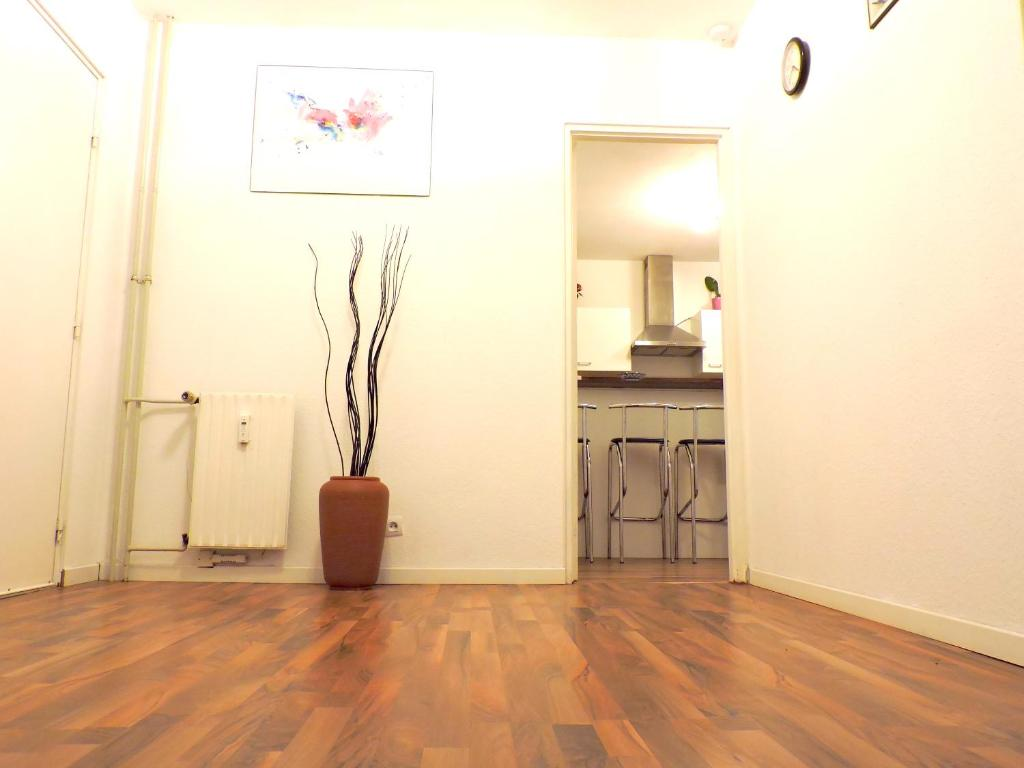 Wohnung Private Big Appartment 59m2 - NEAR AIRPORT BASEL ST LOUIS ...