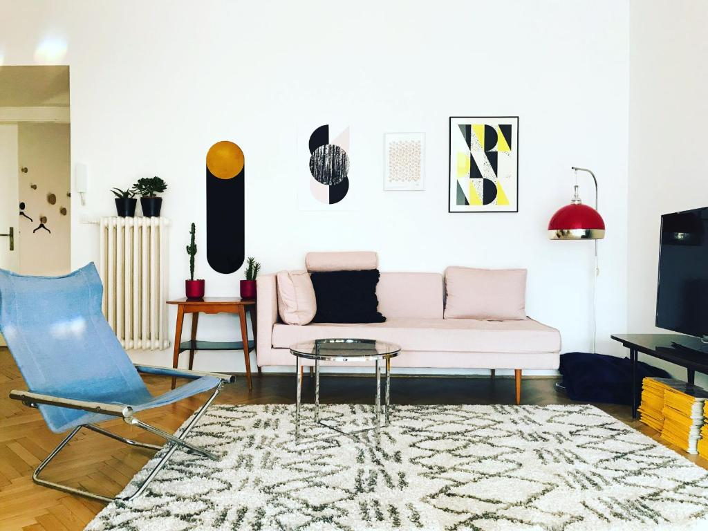 Bauhaus icon of Budapest / FREE PRIVATE PARKING + FREE TICKET to ...