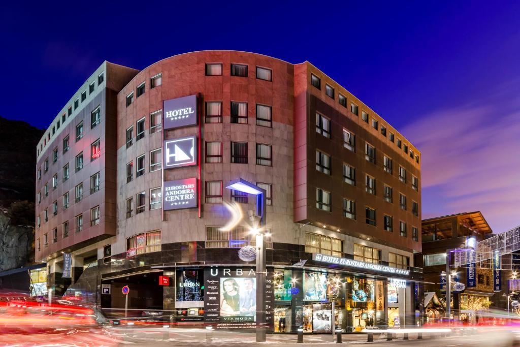 Eurostars andorra centre andorra la vella reserva tu for Habitaciones familiares andorra