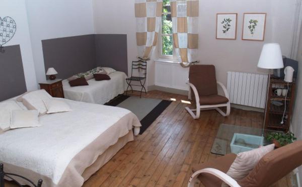 Charmant Gästezimmer Les Tables De La Fontaine