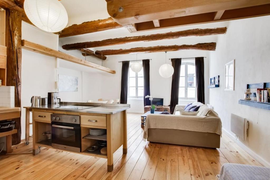 Wohnung un loft en plein sur le vieux port air rental wohnung