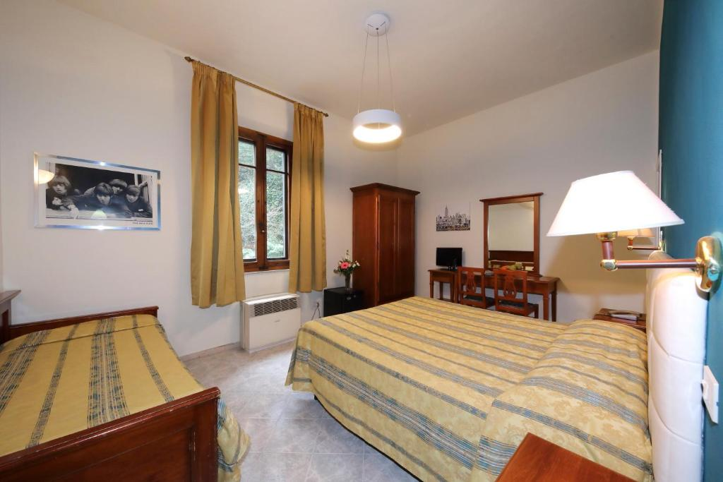Hotel moderno siena online booking viamichelin for Hotel moderno madrid booking
